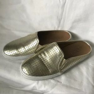 Kenneth Cole Reaction Gold Slip-on Loafers 6.5